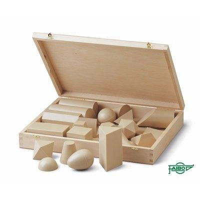 Cuerpos geométricos en plástico imitación a madera 825